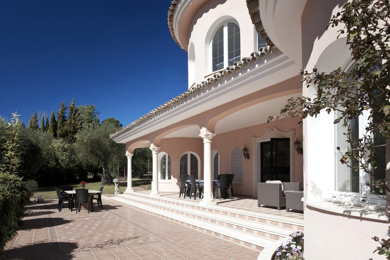 facade andalucia villa