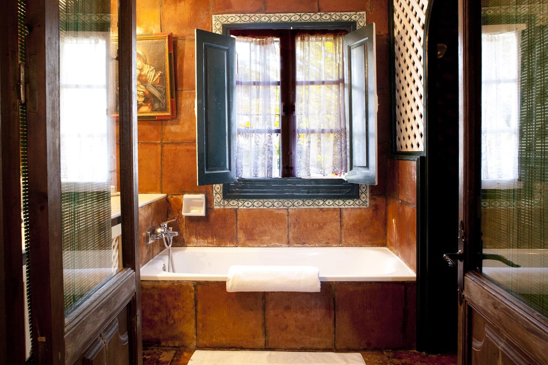 bathroom villa rental