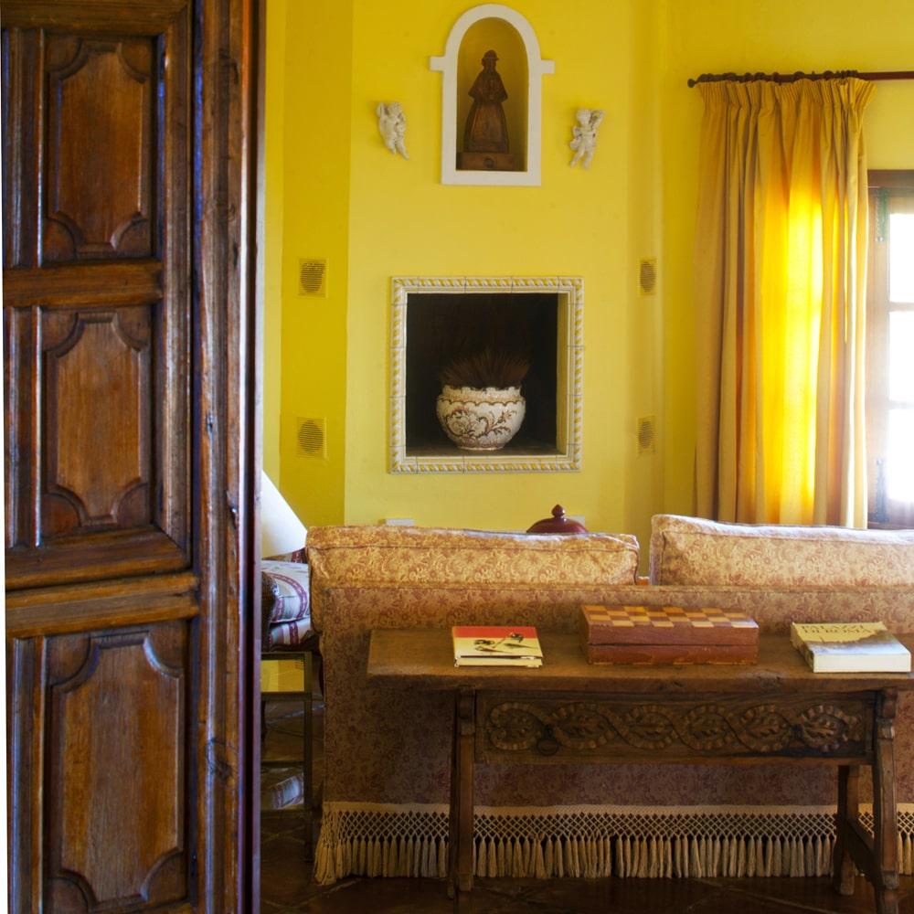 drawing room holiday rental