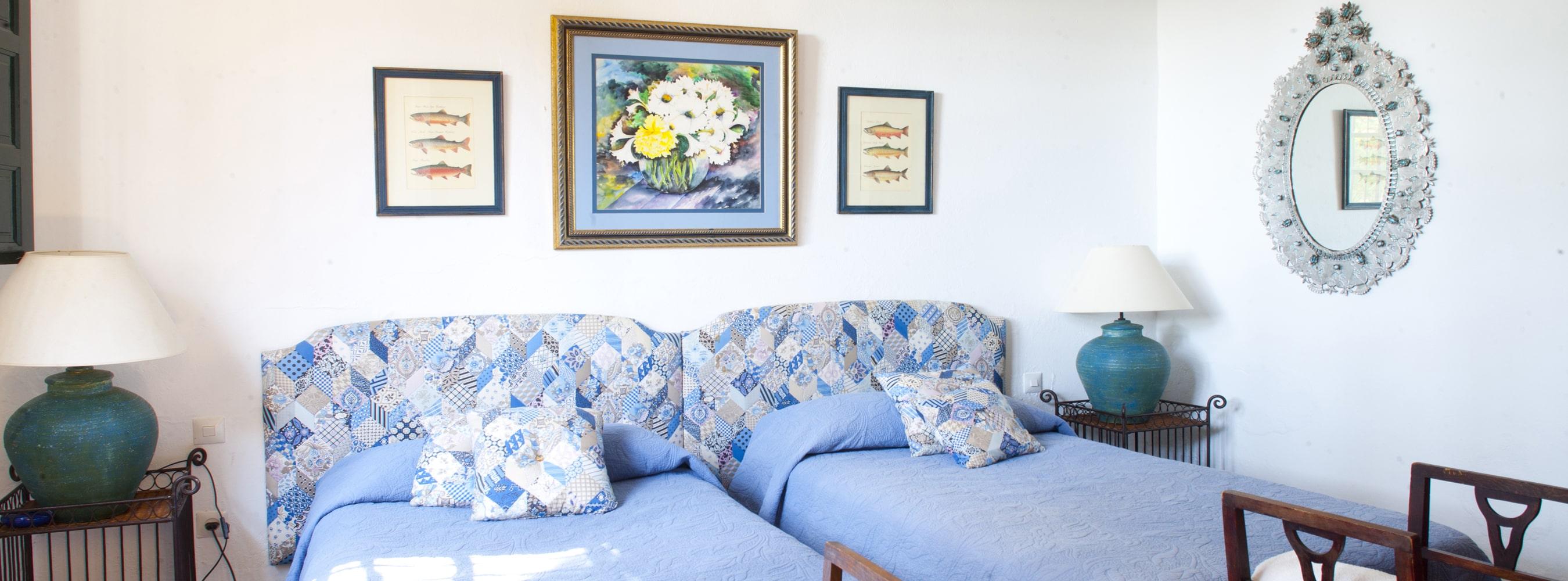 bedroom holiday villa