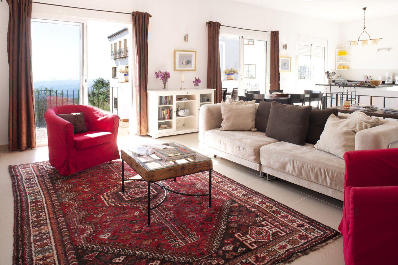 sitting room in gaucin apartment