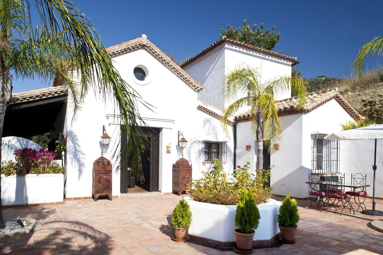 east facade gaucin villa