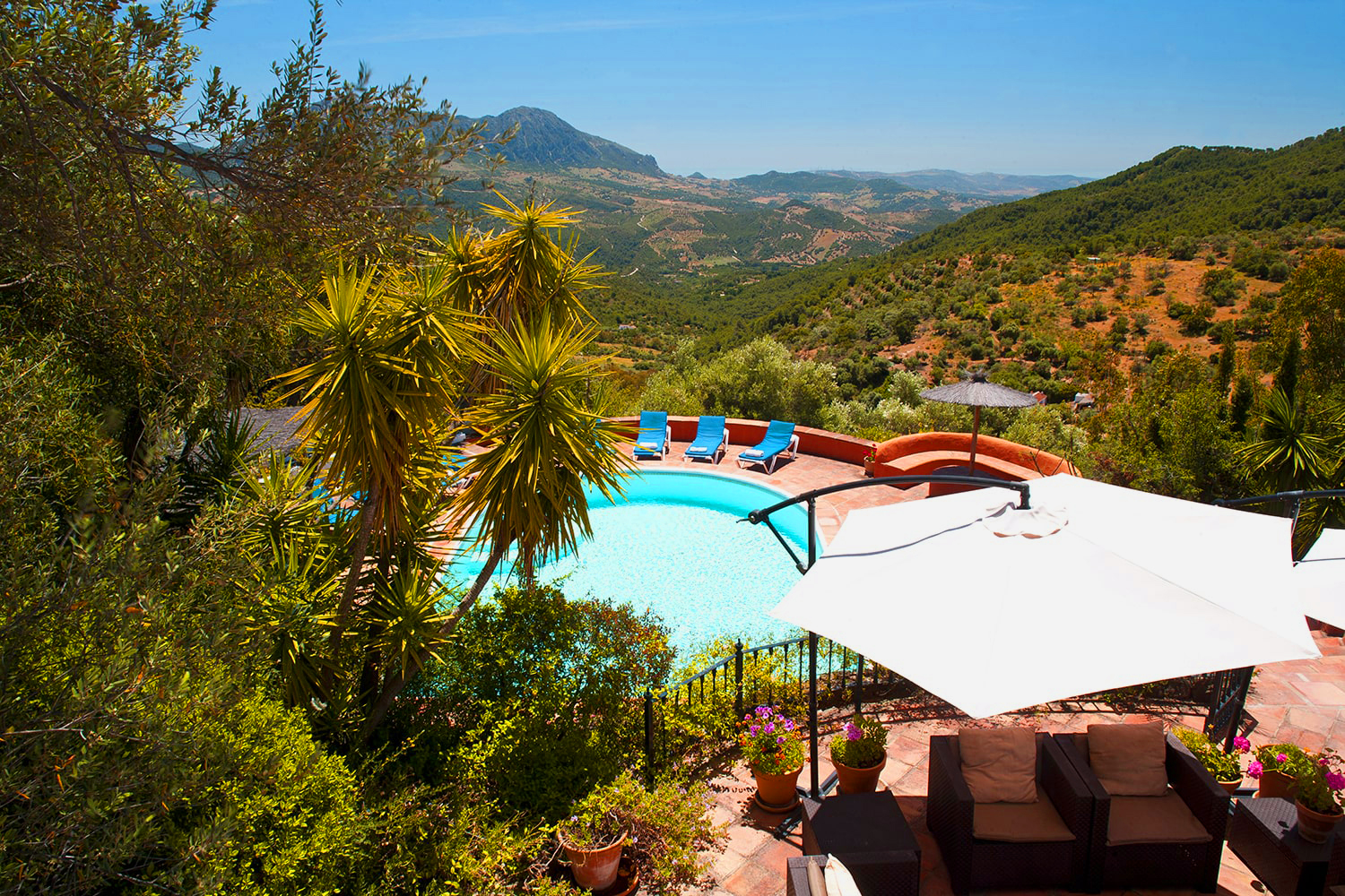 villas andalucia with private pool