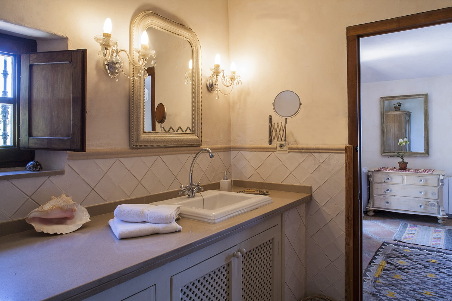 en suite bathroom in andalucian villa