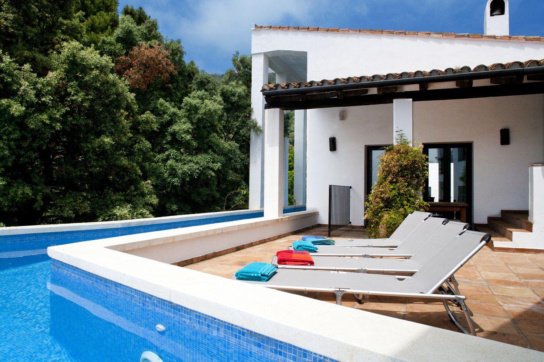 contemporary villa and pool