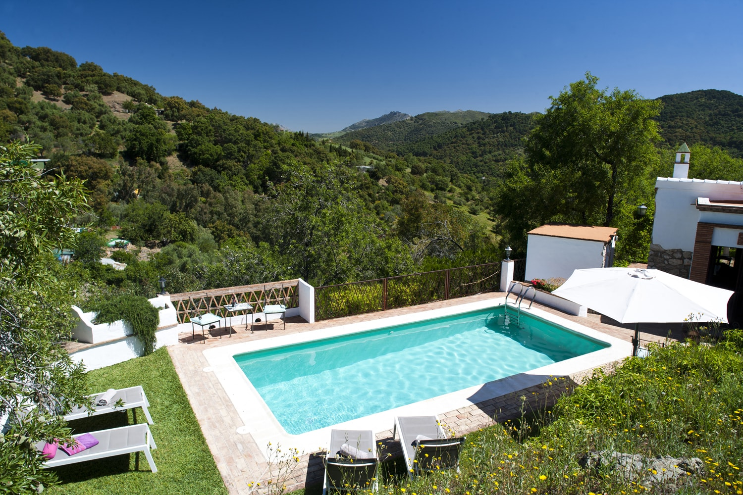 pool and view gaucin villa