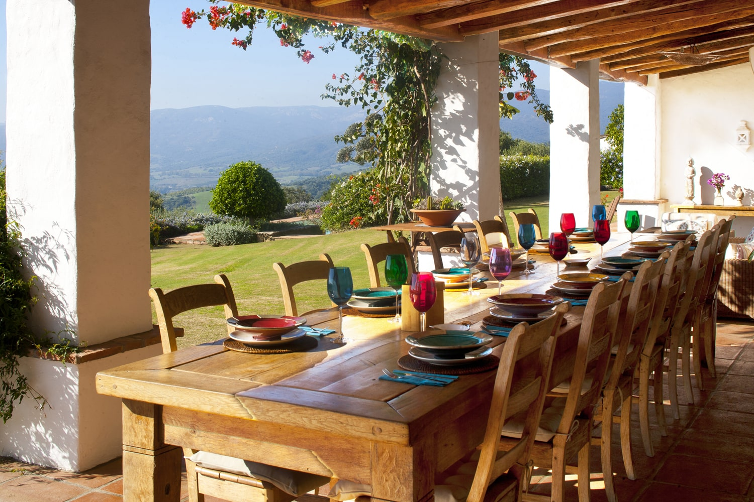 outdoor dining in spain
