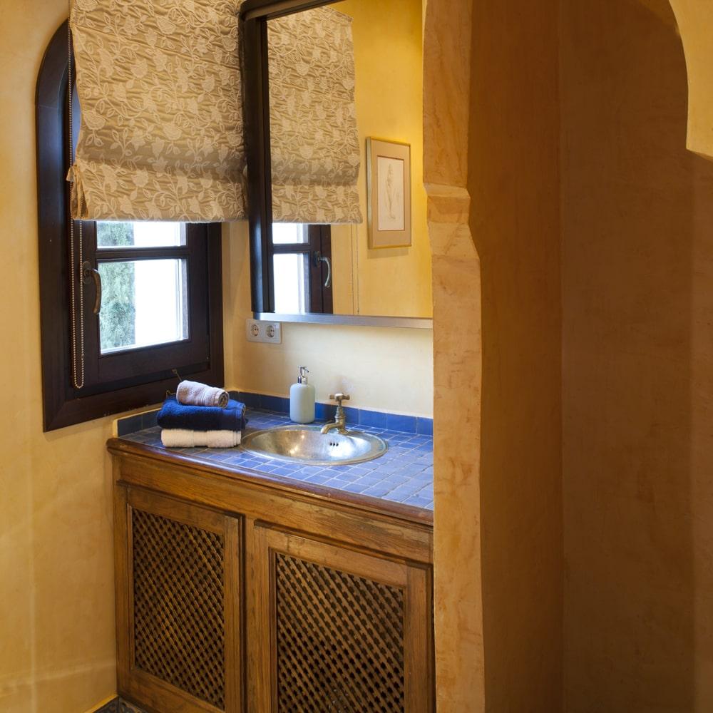 en suite bathroom villa in spain