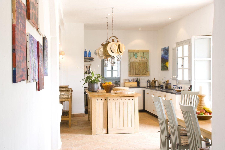 kitchen diner spain