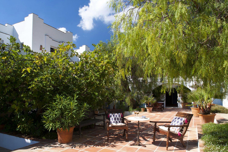 facade and courtyard andalucia