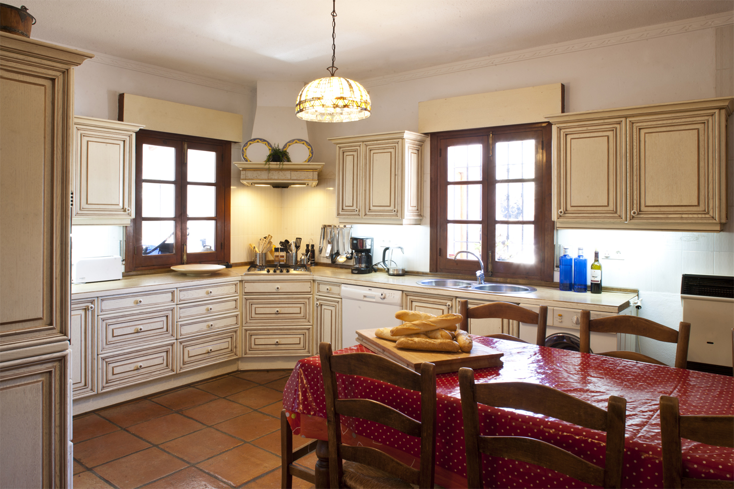 holiday villa spain kitchen