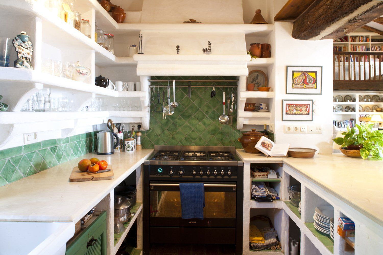 kitchen gaucin villa