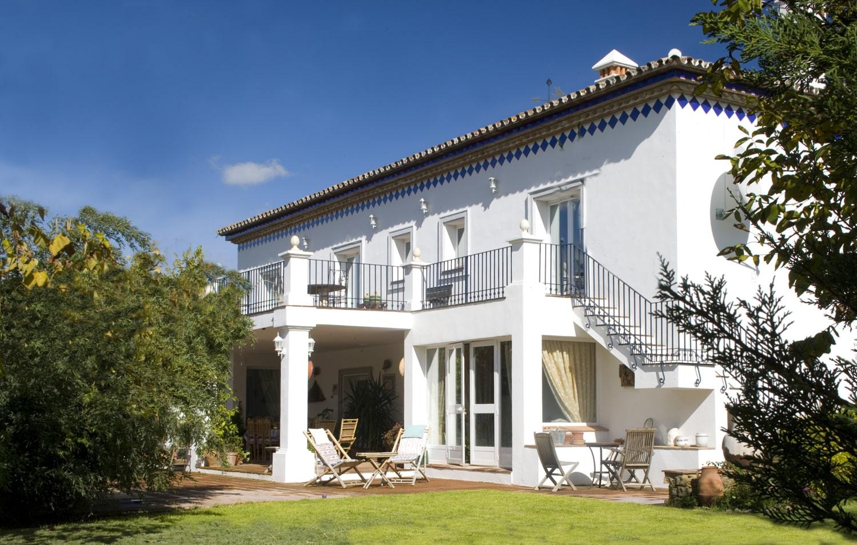 luxury villa facade andalucia