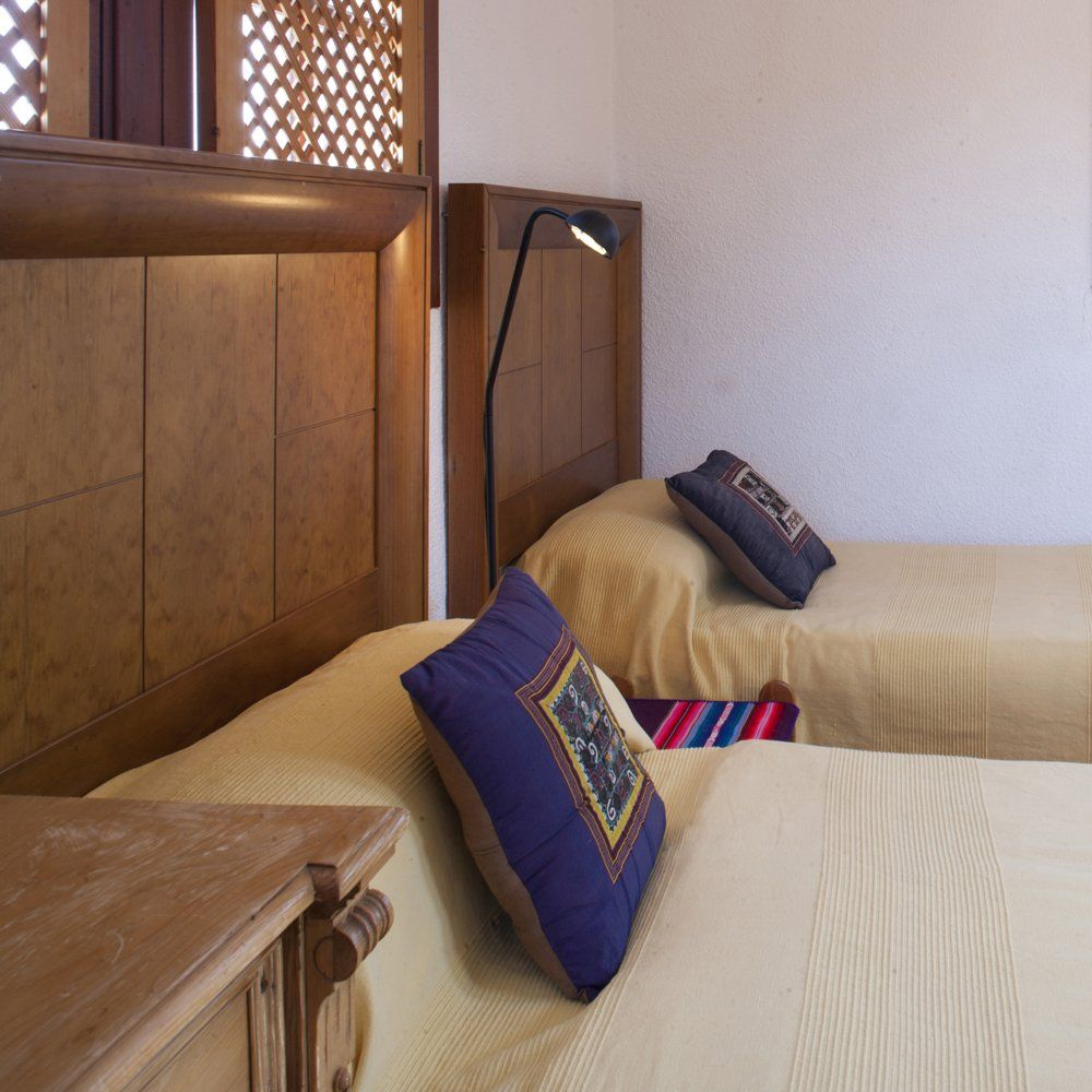twin beds andalucia
