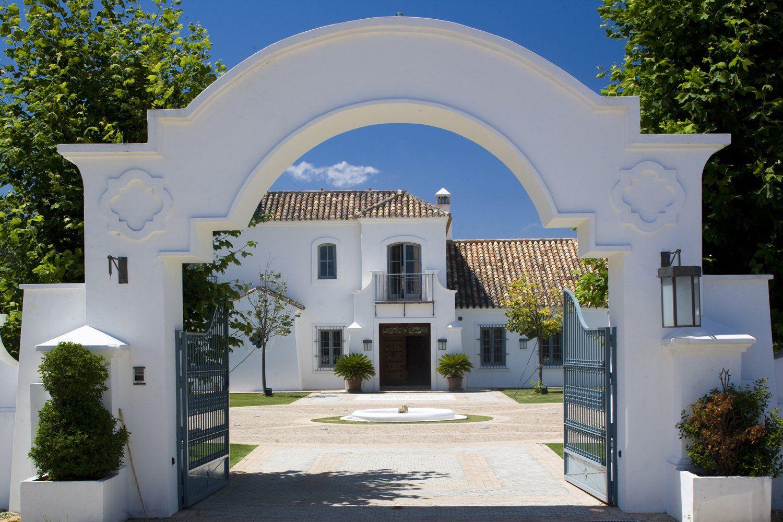 gateway to villa