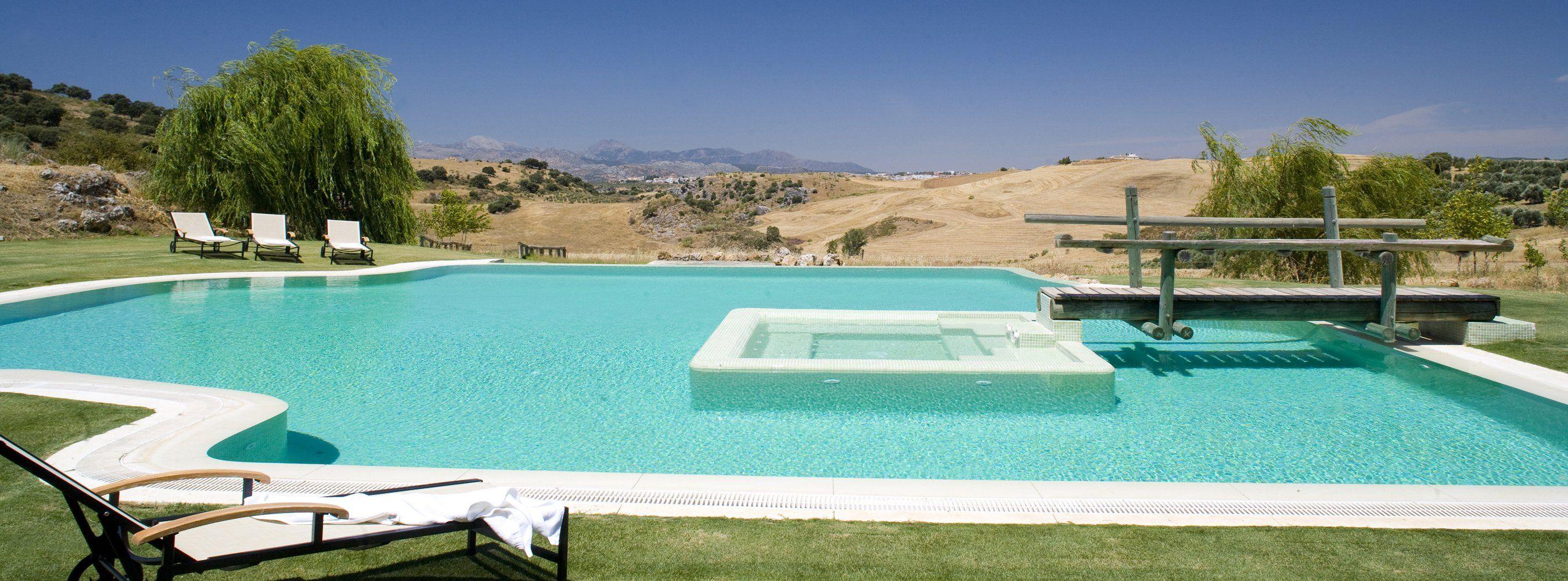 swimming pool ronda spain