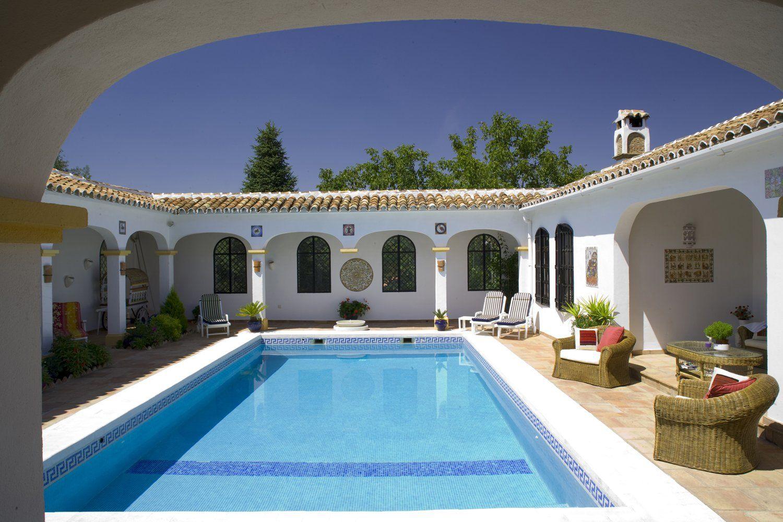 pool ronda andalucia