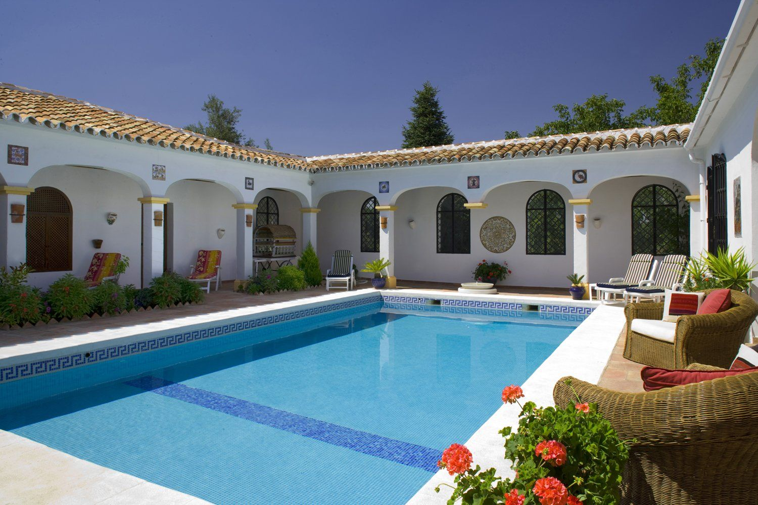 villa swimming pool ronda andalucia