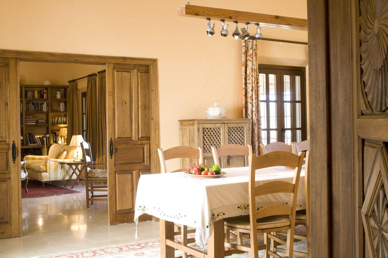 holiday villa dining room ronda