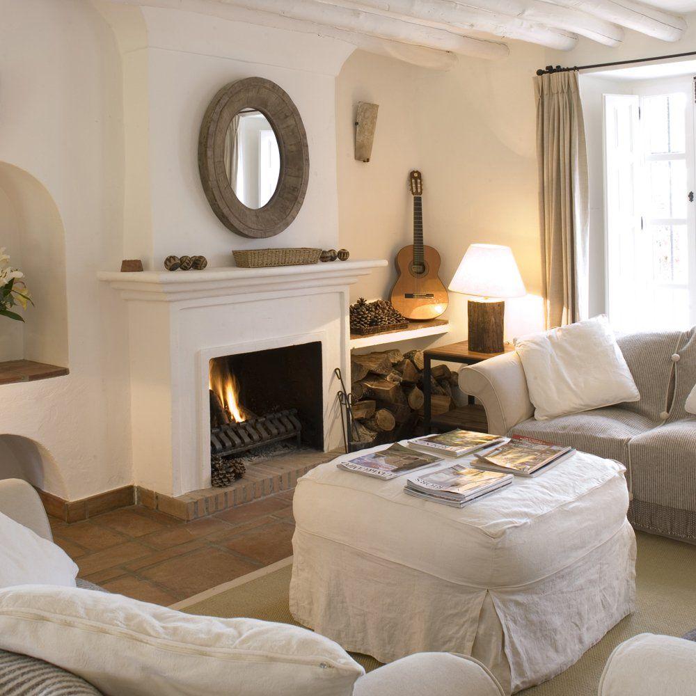 sitting room in luxury villa