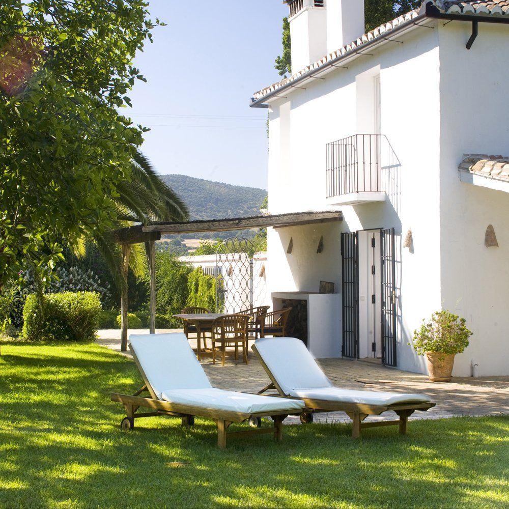 garden el noque luxury villa