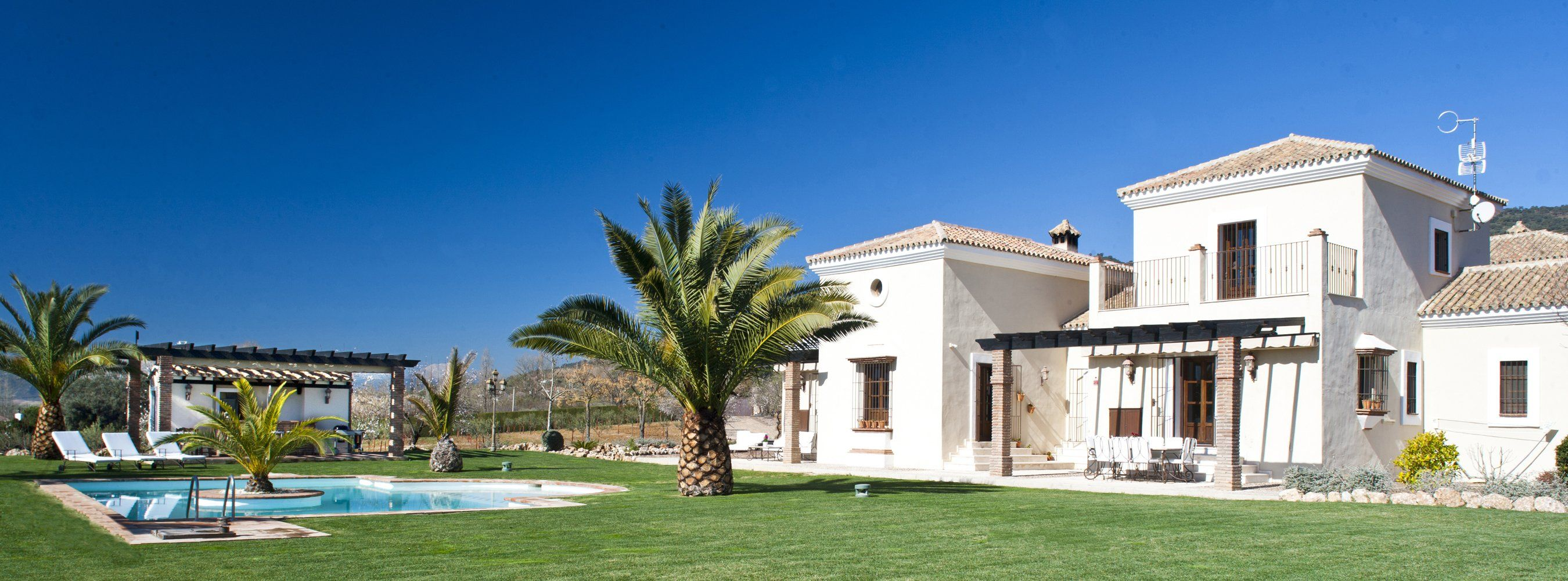 luxury villa and garden ronda