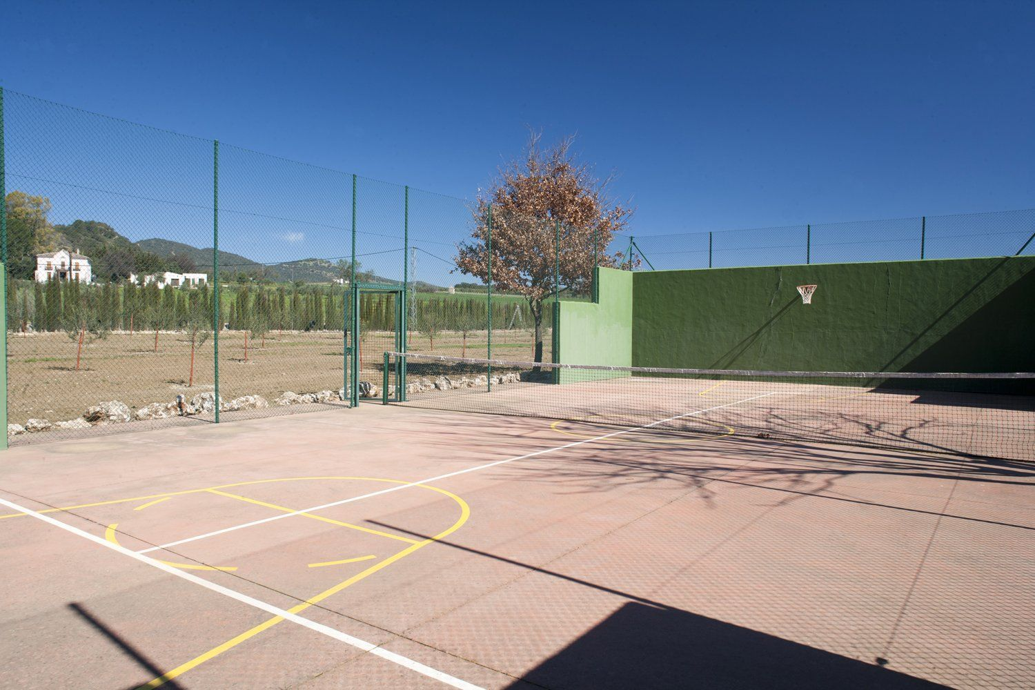 paddle tennis court ronda andalucia