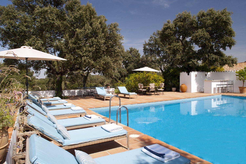 large pool ronda andalucia