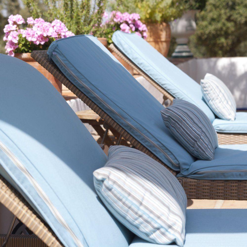 luxury sunbeds