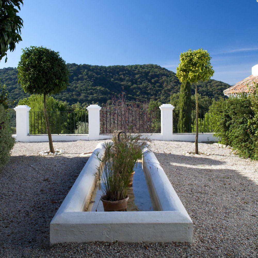 detail gardens