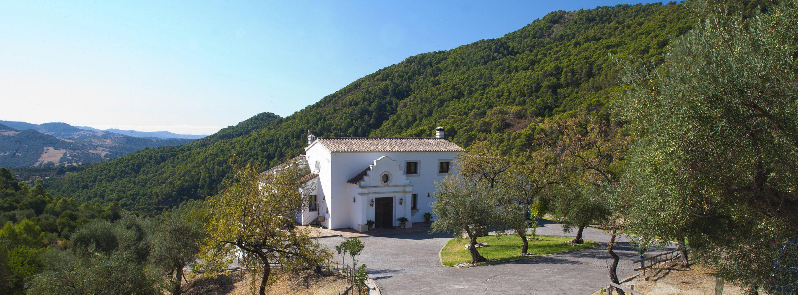 facade villa gaucin