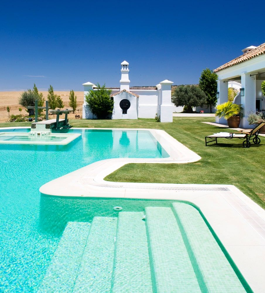 luxury holiday villa pool an garden