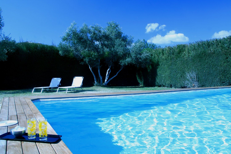 swimming pool andalucia