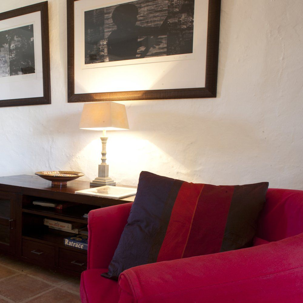 ronda sitting room