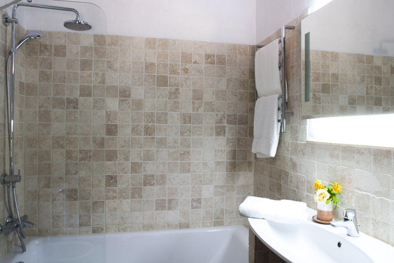 bathroom villa ronda