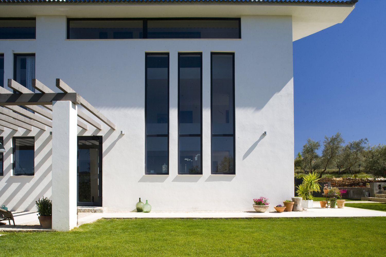 facade luxury villa