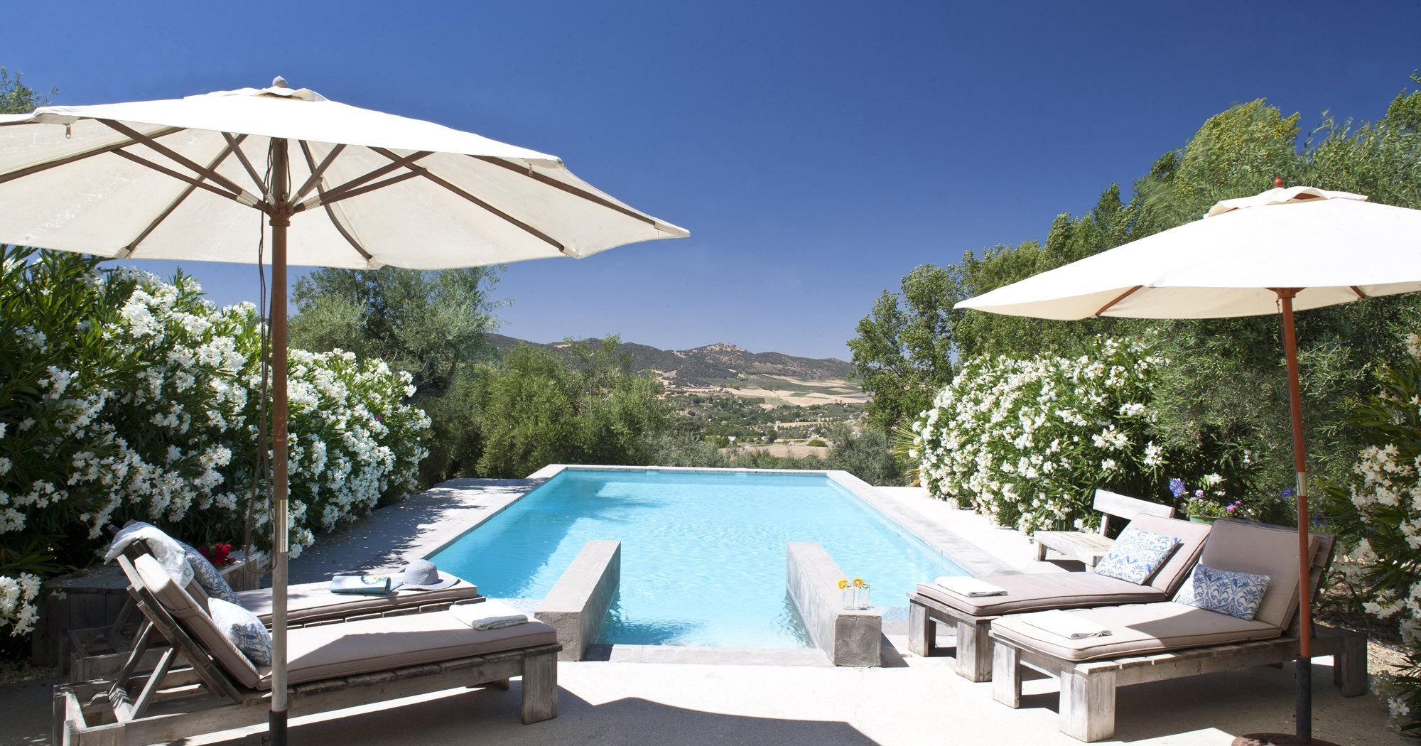 ronda luxury villa pool and view