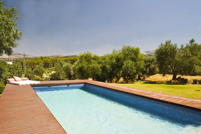 swimming pool ronda villas
