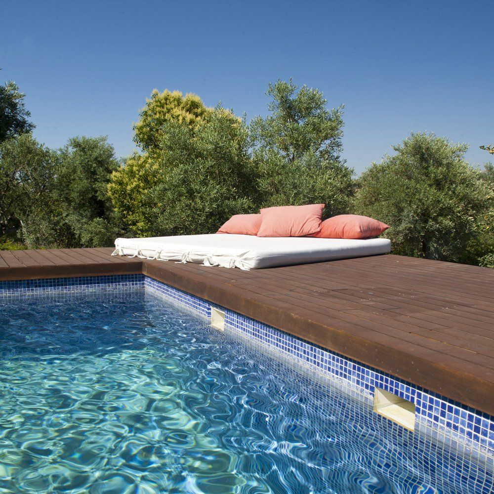 pool and sunlounger ronda villa