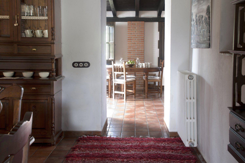 entrance to kitchen