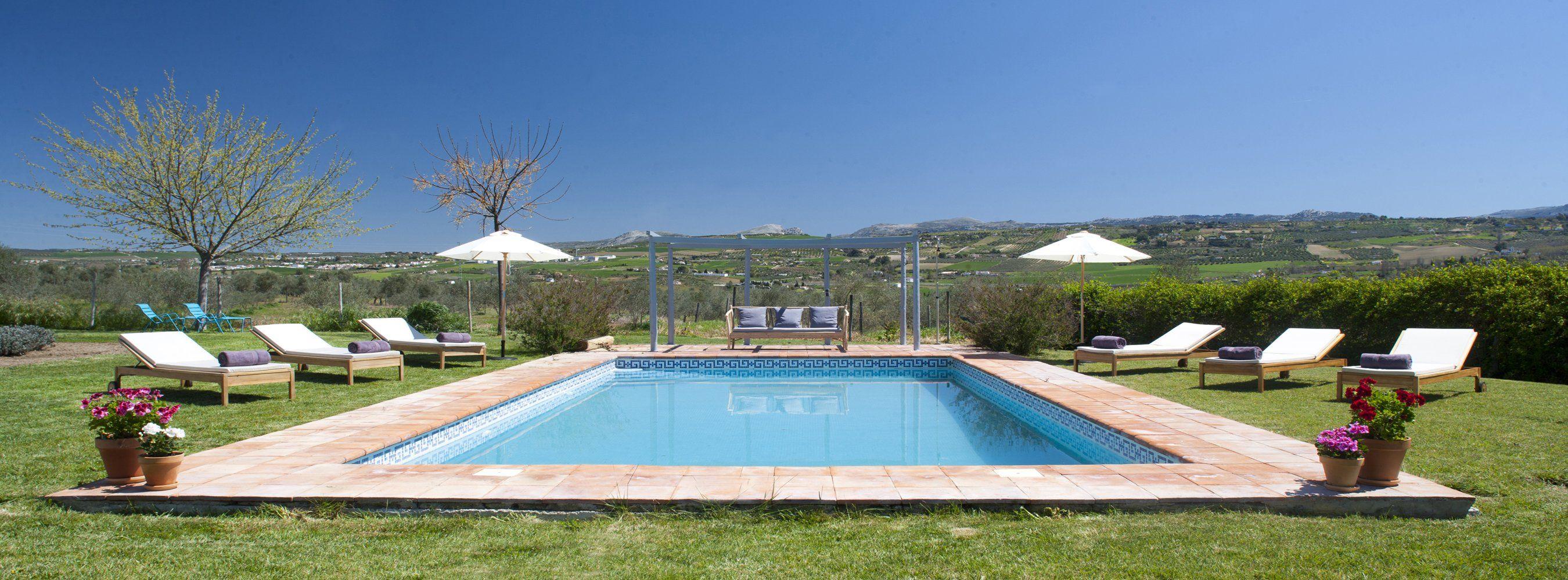 swimming pool ronda
