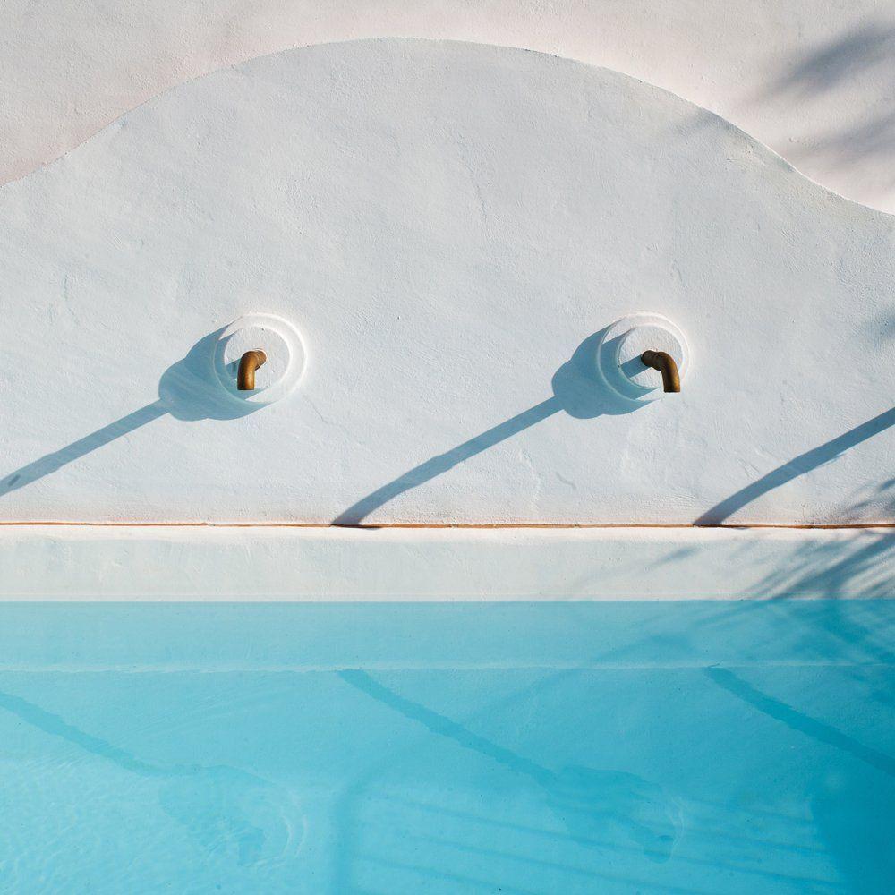 detail pool