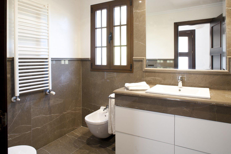 ronda bathroom