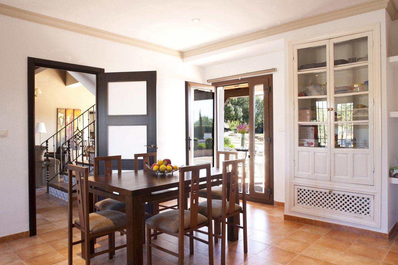 holiday villa kitchen