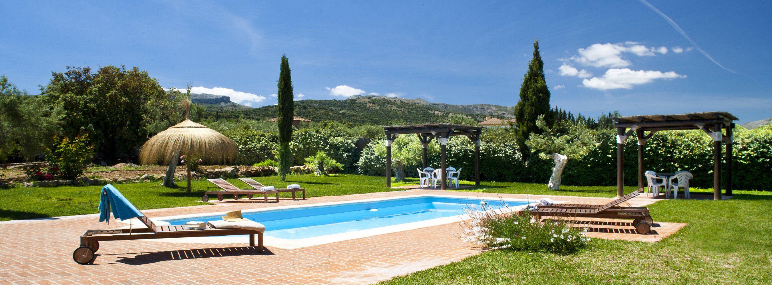 pool and view ronda